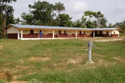 Primary school built by Amlib in 2010 in Kokoya.