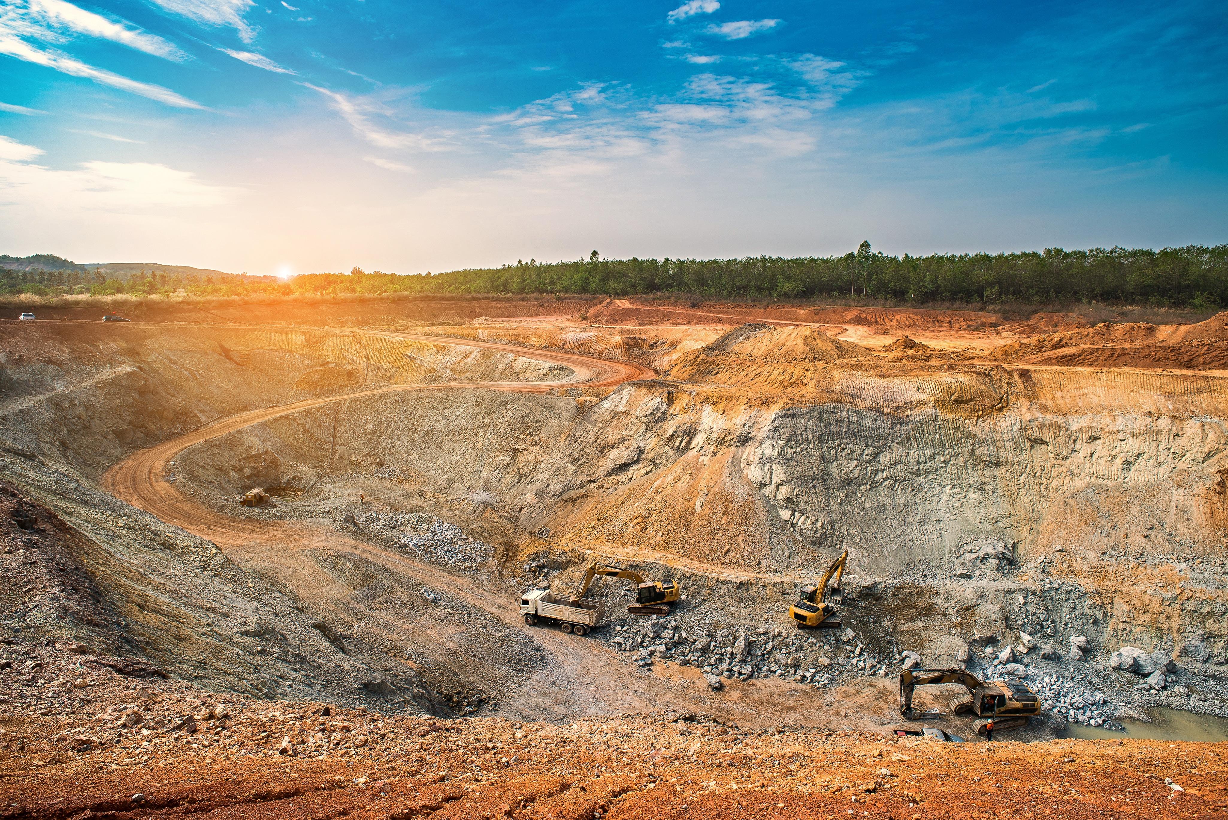 Benton and Sokoman Expand the Area Containing Lithium-Bearing Pegmatite Dykes in Newfoundland